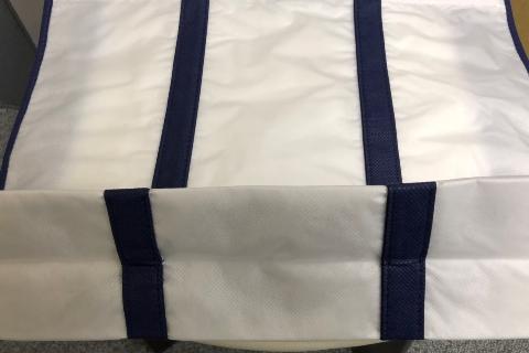 不織布バッグ 印刷 加工 持ち手